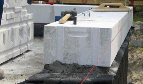 Murowanie na cienką spoinę ścian jednowarstwowych SOLBET